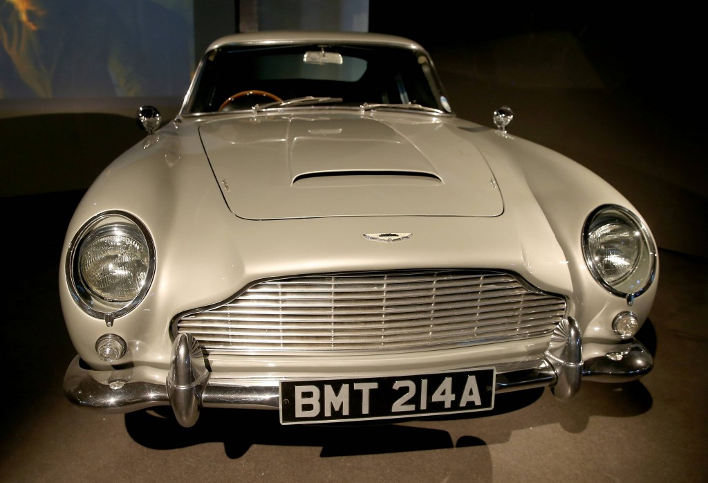 "Aston Martin DB5 fra ""GoldenEye"" (1995). Foto: London Film Museum"