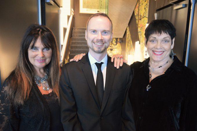 Caroline Munro, Brian Iskov og Martine Beswick i Oslo 01.09.2016 - © Brian Iskov