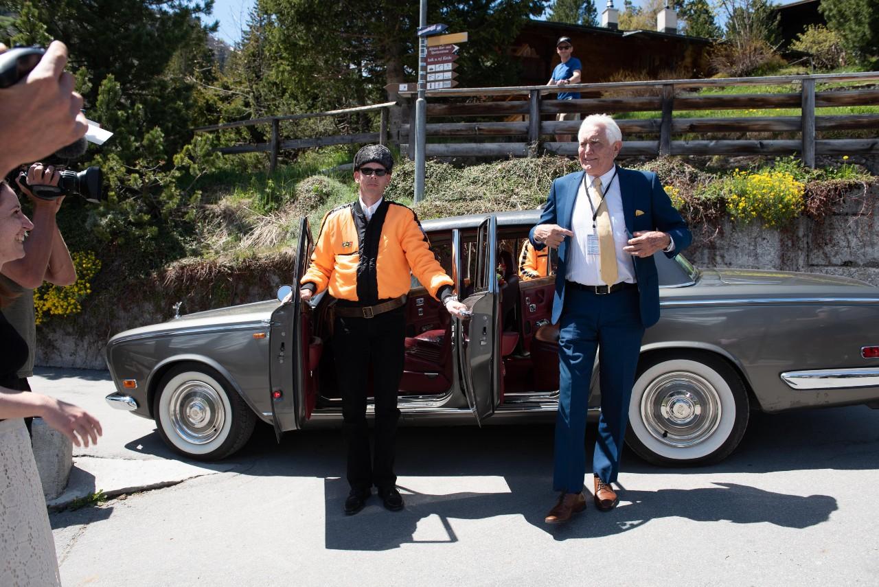 George Lazenby med Rolls-Royce i Mürren
